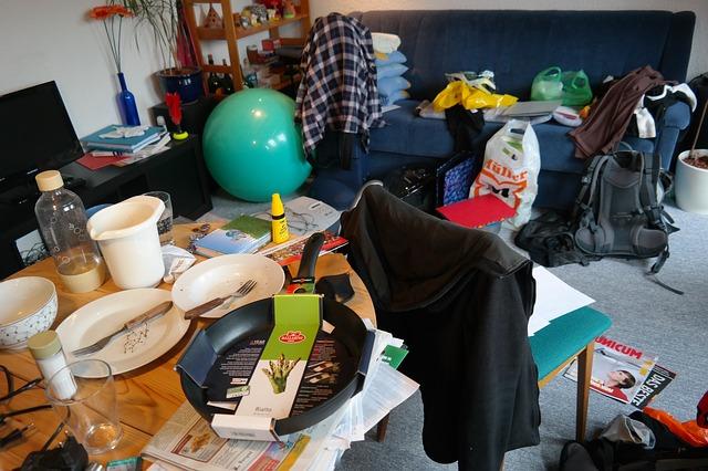 declutter messy room
